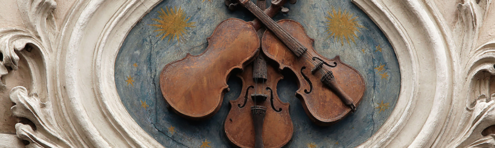 Bohemian Beauties Large Banner violins on a wall 2000 x600