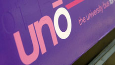 Uno buses