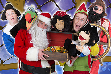 Santa and the Pirates that don't want Christmas