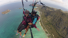 Louise paragliding
