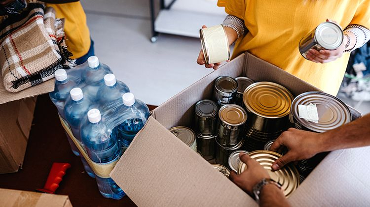 Food poverty and inequalities in the UK exposed by the pandemic