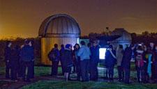 Crowds gather to stargaze