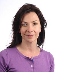 Katie Newby headshot