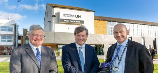 Universities and Innovation Minister visits Hertfordshire